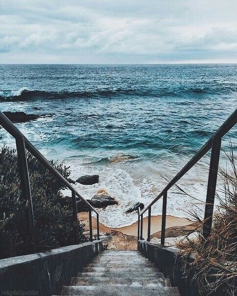 Stairs to thesea