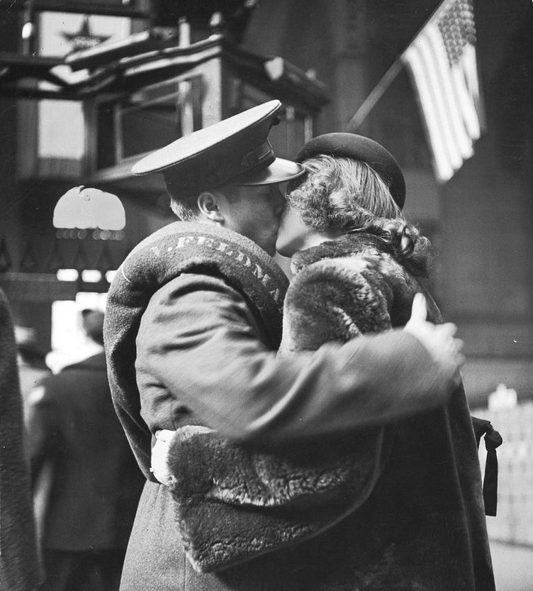 US Marine kissing his wife goodbye as embarks for Europe, WWI