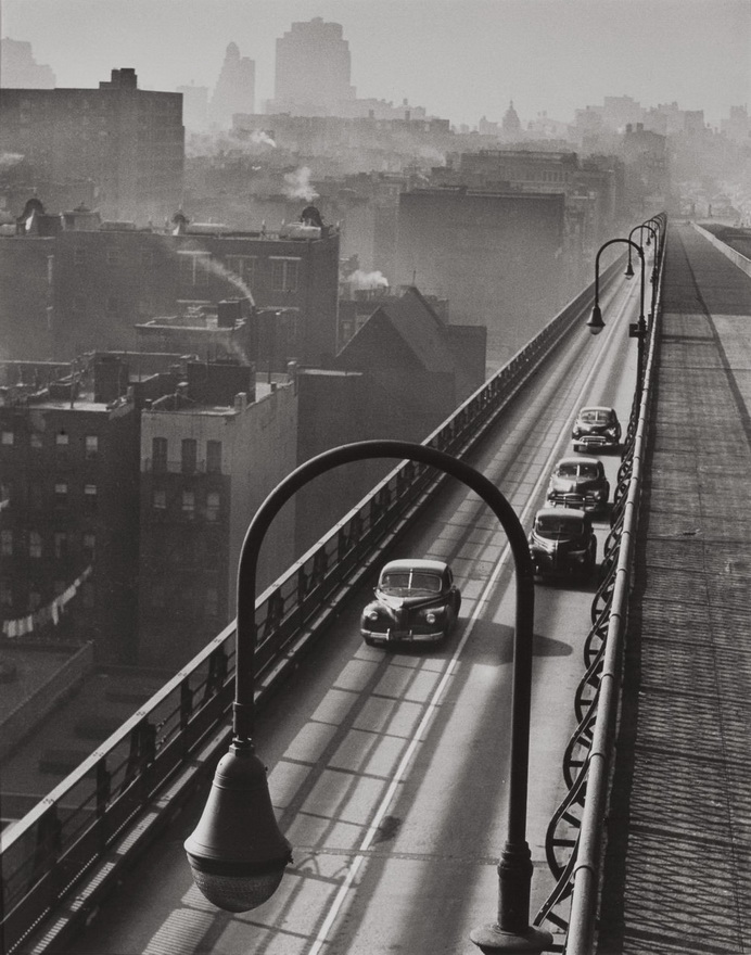 Williamsburg Bridge, NYC, 1947, photo by Harold Roth.