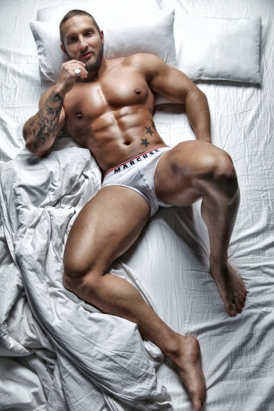 BED 2748384