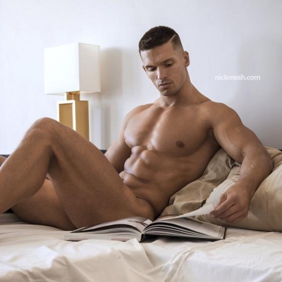 BOOK 43149