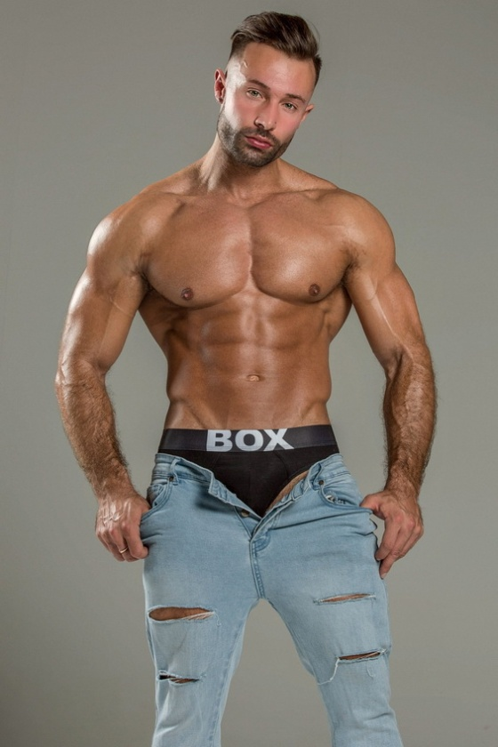 BOX 6692