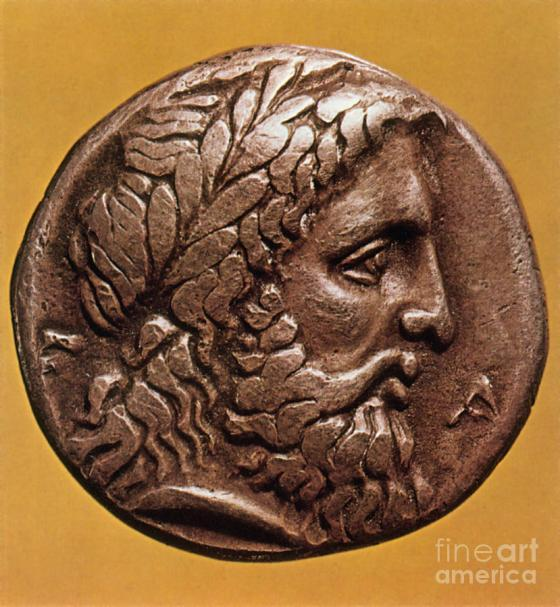 greek-coin-with-zeus-photo-researchers