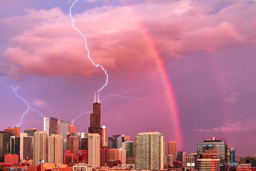 Lightning and rainbow over Chicago