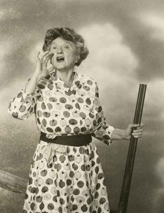 """Marjorie Main, in one of the """"Ma & Pa Kettle"""" movies I think,1940s"""