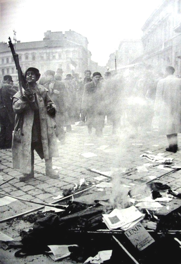 Revolution in the streets, Hungary,1956