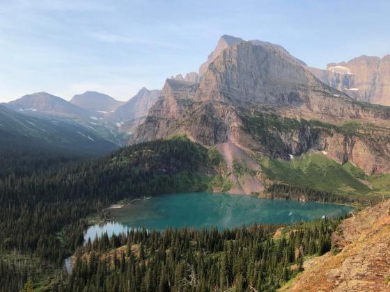 mountain lake 571