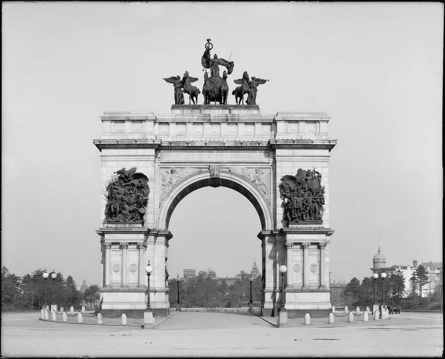 Grand Army Plaza, NYC,1900