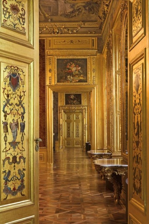 The golden interior of Belvedere Palace