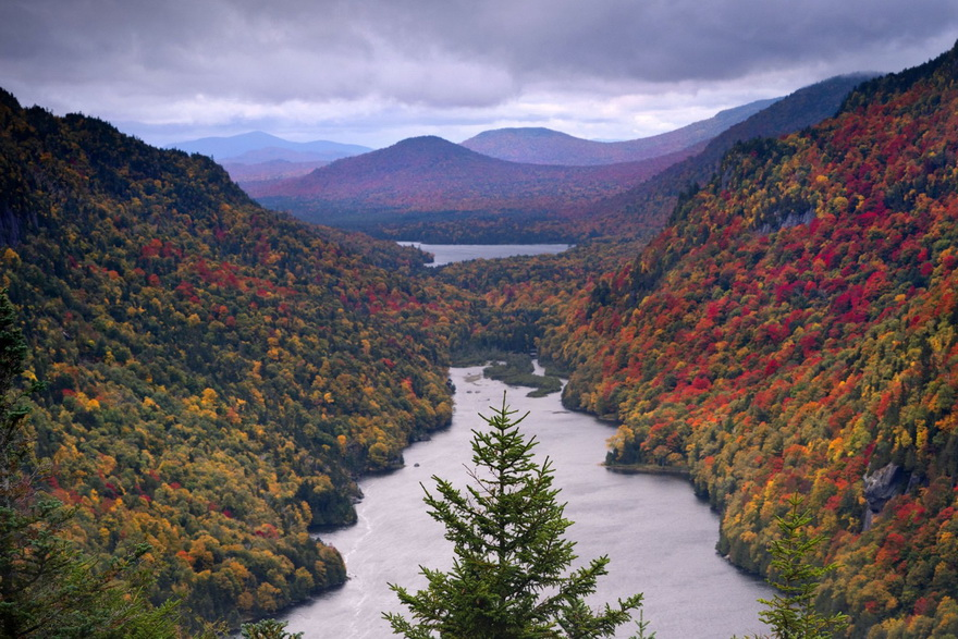 Autumn in the mountains of northern NewEngland