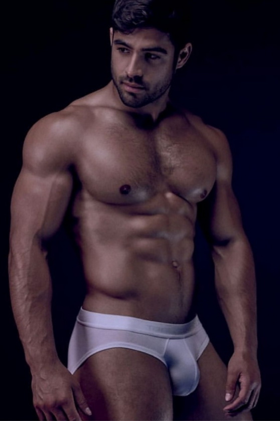 British fitness model DanTai