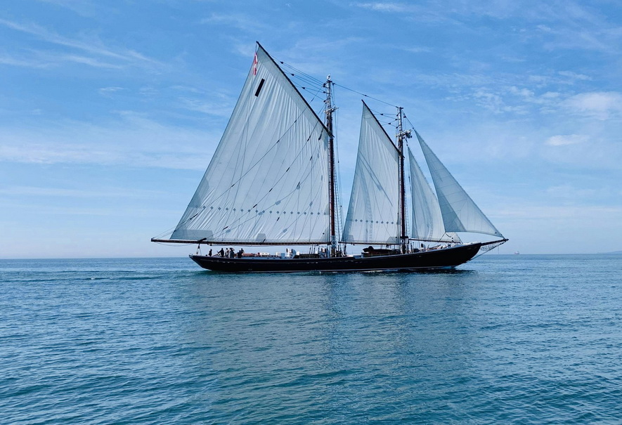 Windjammer off the coast ofMaine