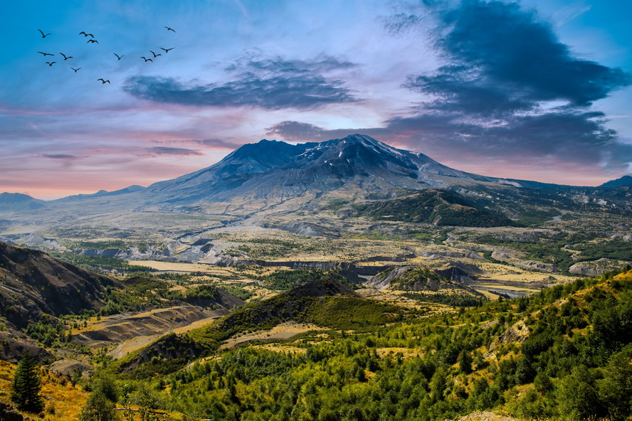 Mount St. Helens, photo by Antonio Paris