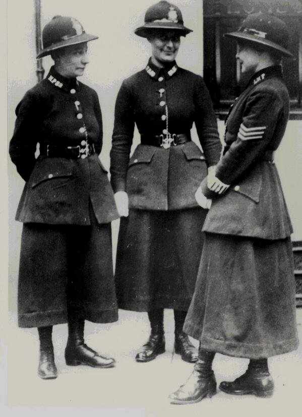 Policewomen, London, 1910s