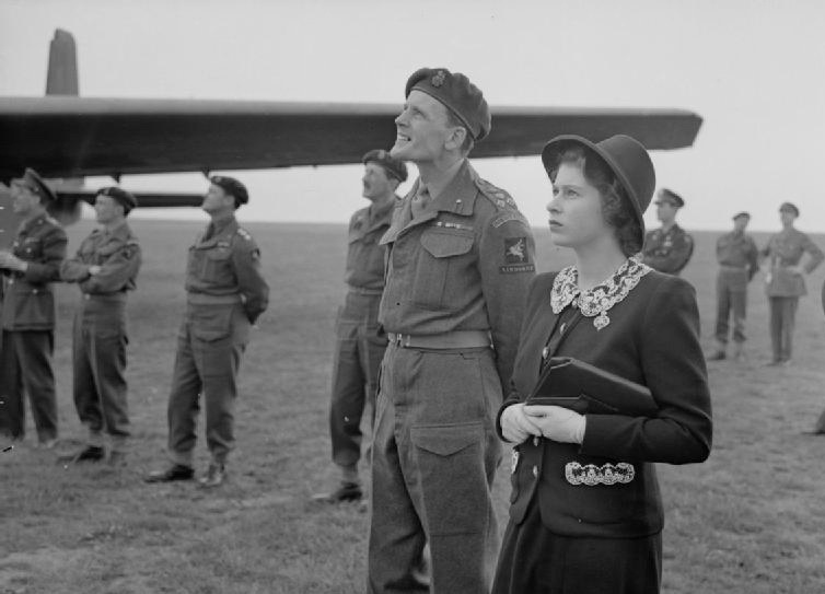 Princess Elizabeth observing paratroopers practicing jumping out of planes,WWII