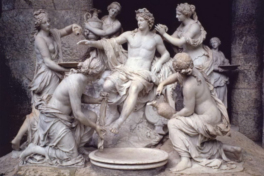 Sculpture of Apollo being bathed by attendants