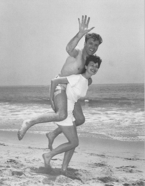 Burt Lancaster and Ava Gardner at the beach