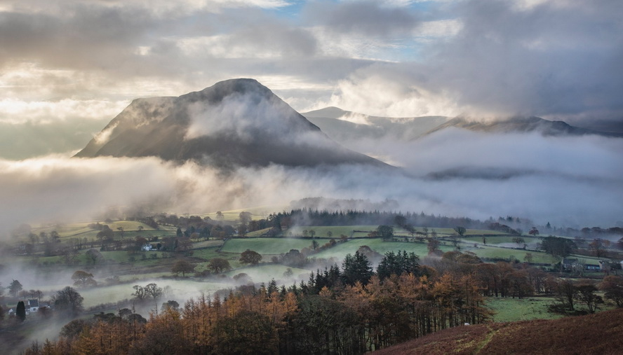Misty England, photo by John T. MacFarlane