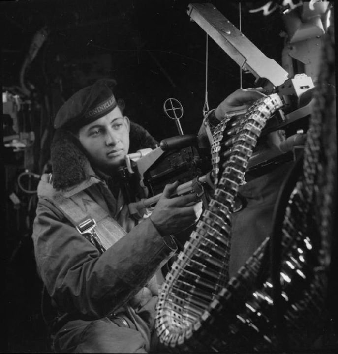 Dutch air force gunner, WWII