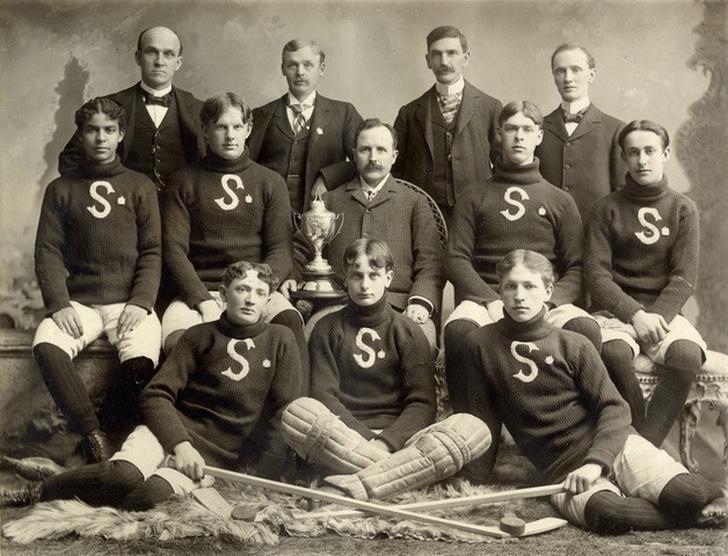Hockey team, Ontario,1900