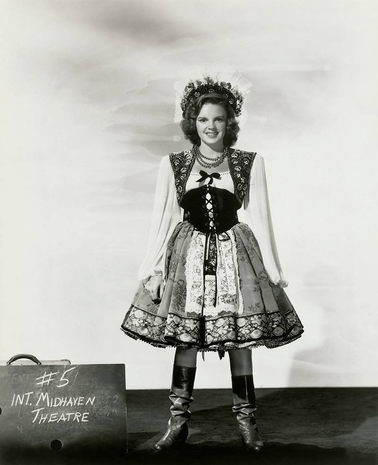 """Costume tests for Judy Garland in """"Presenting Lily Mars"""",1943"""