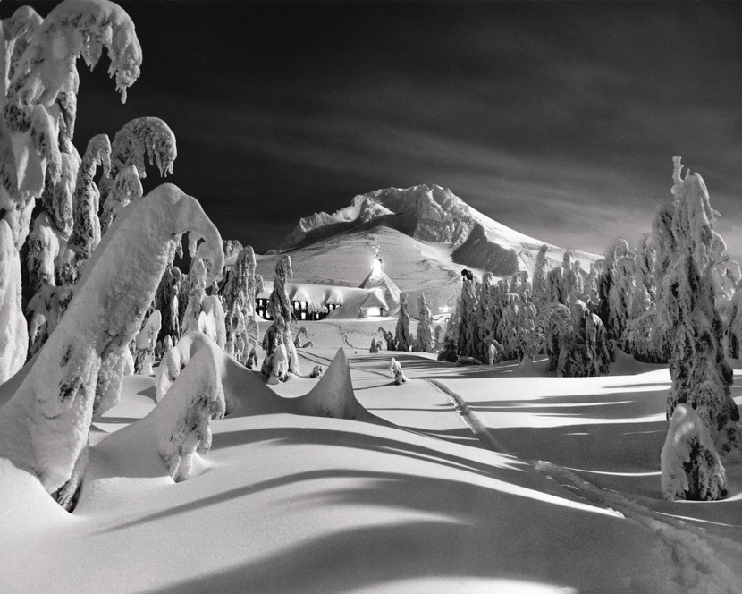 """Snowbound lodge in Oregon (where the film """"The Shining"""" wasfilmed)"""