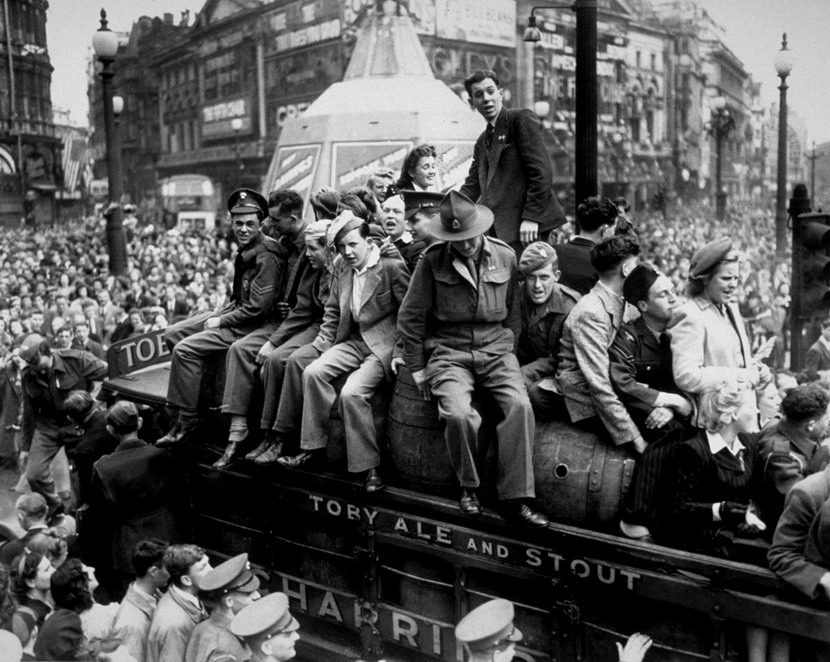 Celebrating the end of WWI,London