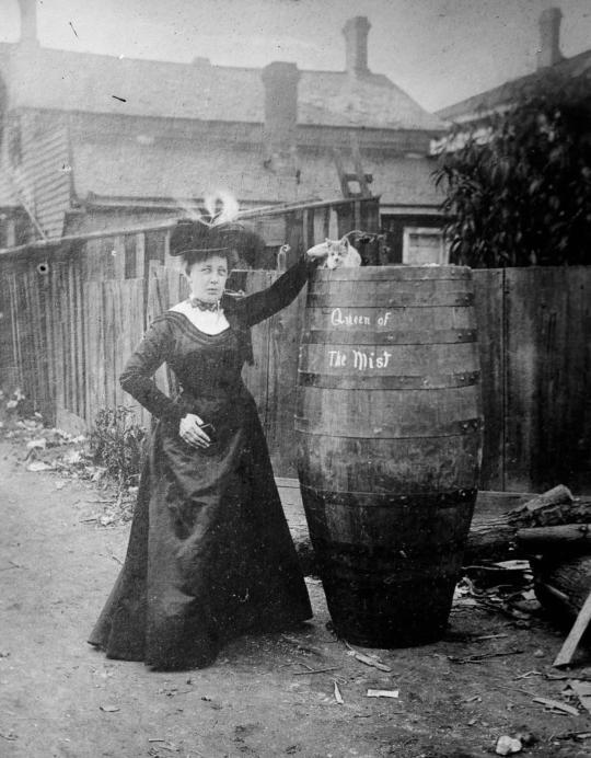"""Queen of the Mist"" – woman who went over Niagara Falls in a barrel"