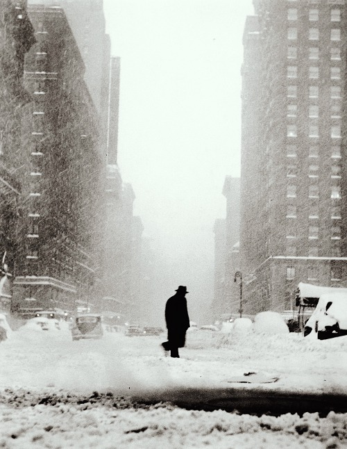 Man in a snowstorm, NYC, by Ted Croner, 1947