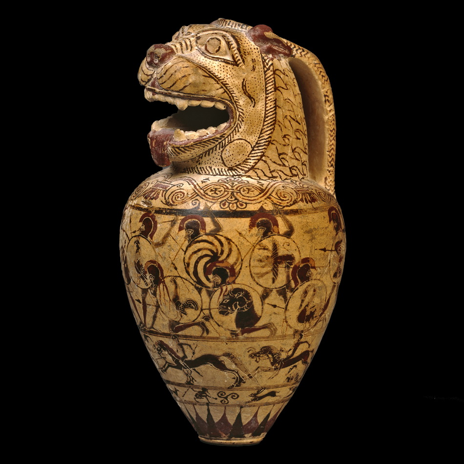 Ancient Greek pottery aryballos in the shape of alion