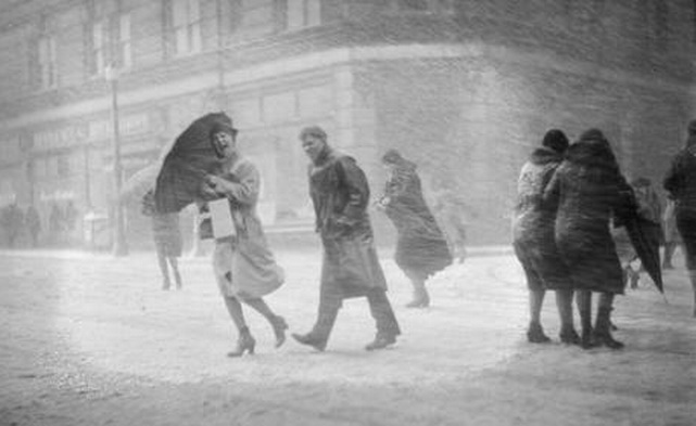 Boston during a snowstorm,1930s