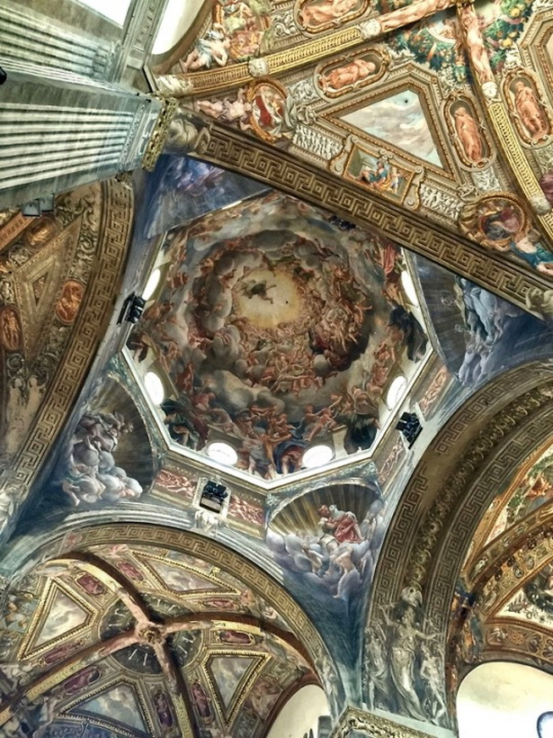 Gateway to heaven, Cattedrale di Parma,Italy