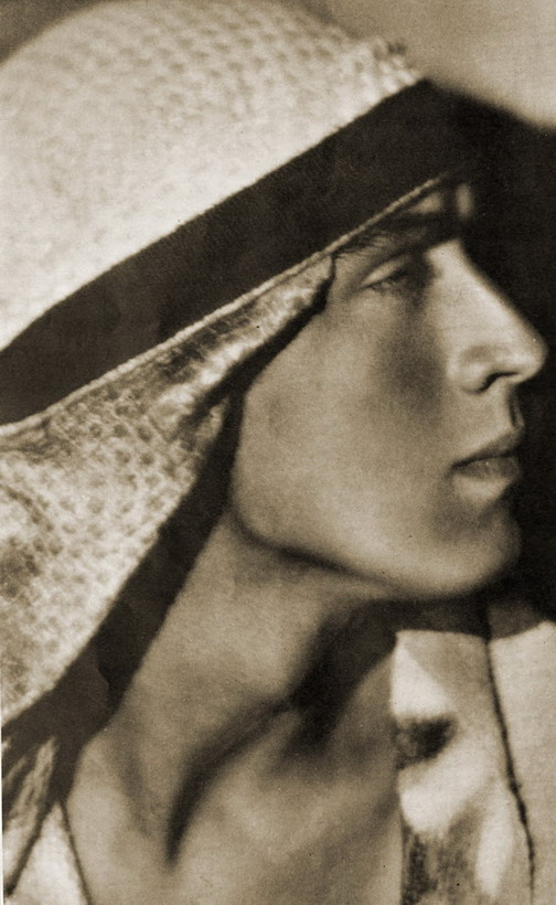 Russ Columbo, 1931