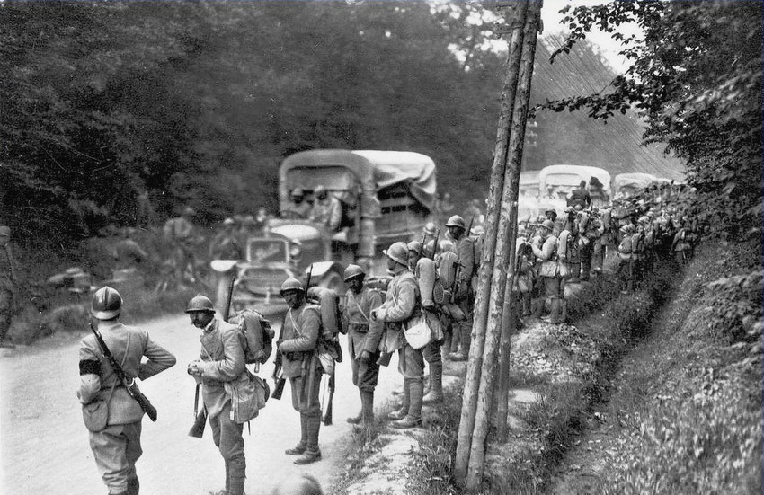 Italian troops on the move,WWI