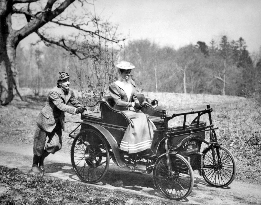 """The old """"Take your date out for a ride in the countryside and then run out of gas trick"""", circa1905"""