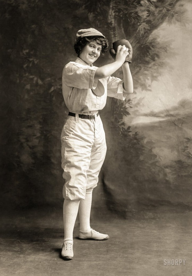 Vintage baseball or softballplayer