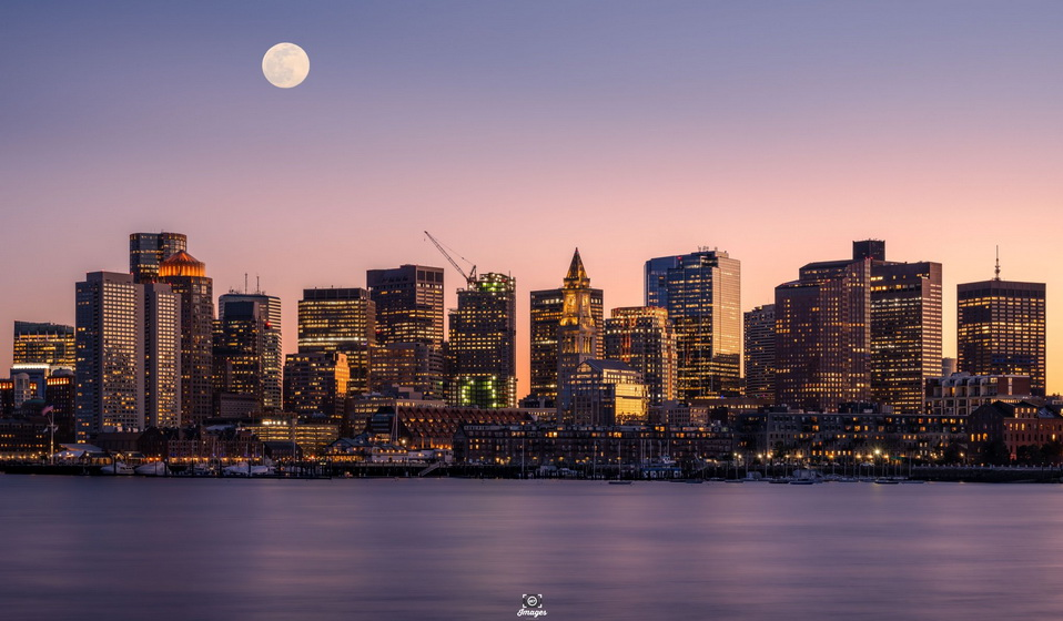 Boston waterfront & financial district,2021