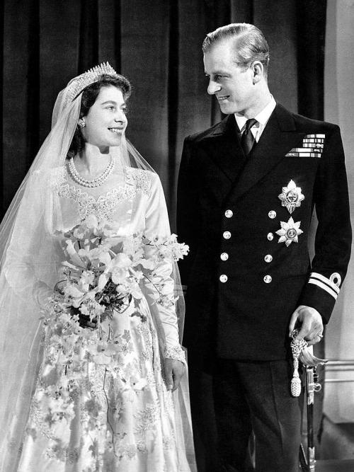 Elizabeth and Philip on their weddingday