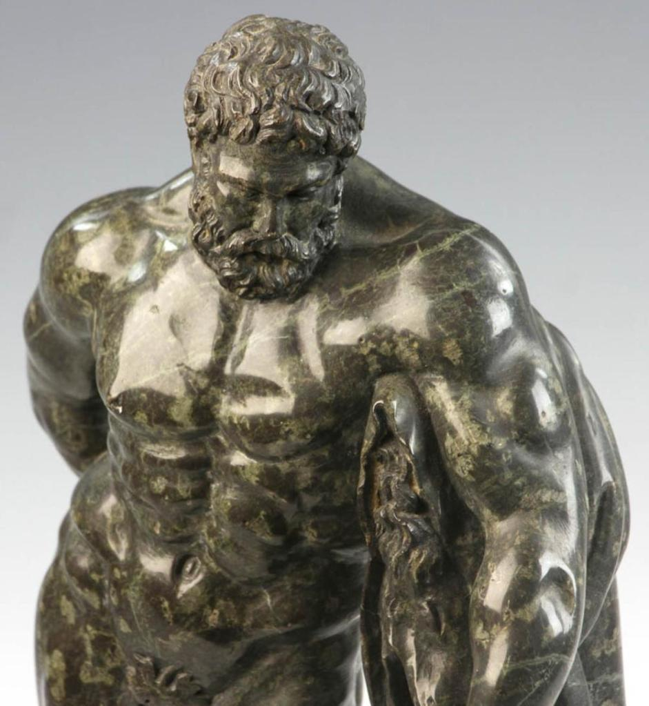 Marble statue ofHercules