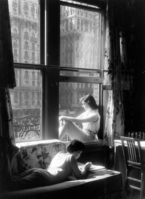 Photo by Nina Leen,1957