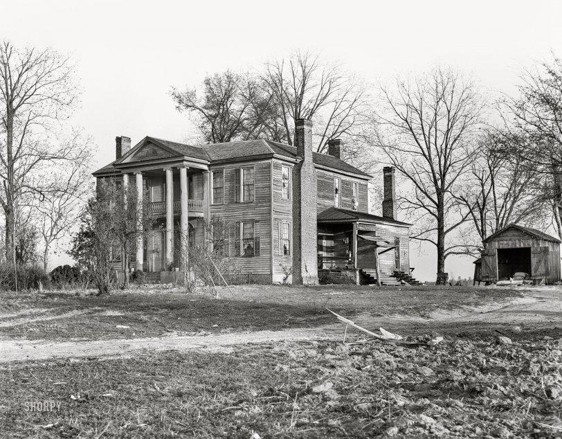 Abandoned plantation home, Georgia,1939