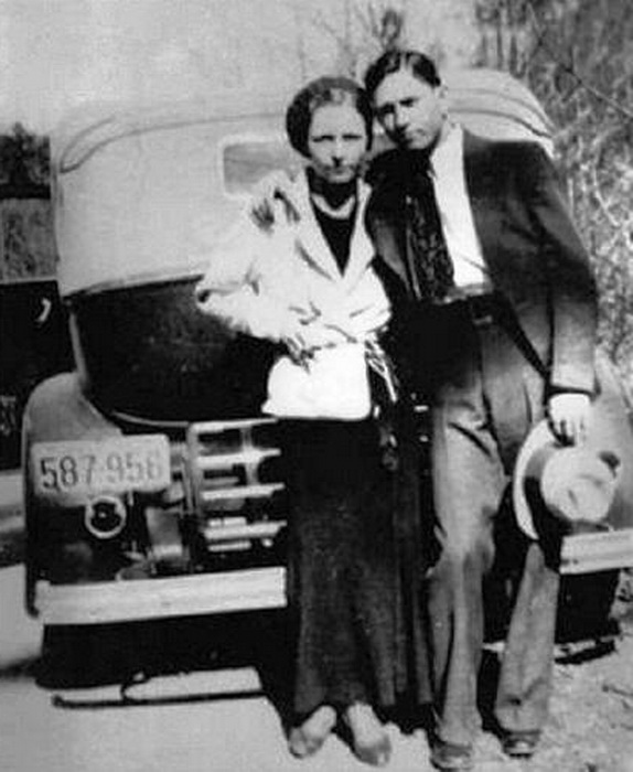 Bonnie and Clyde, American gangsters,1920s