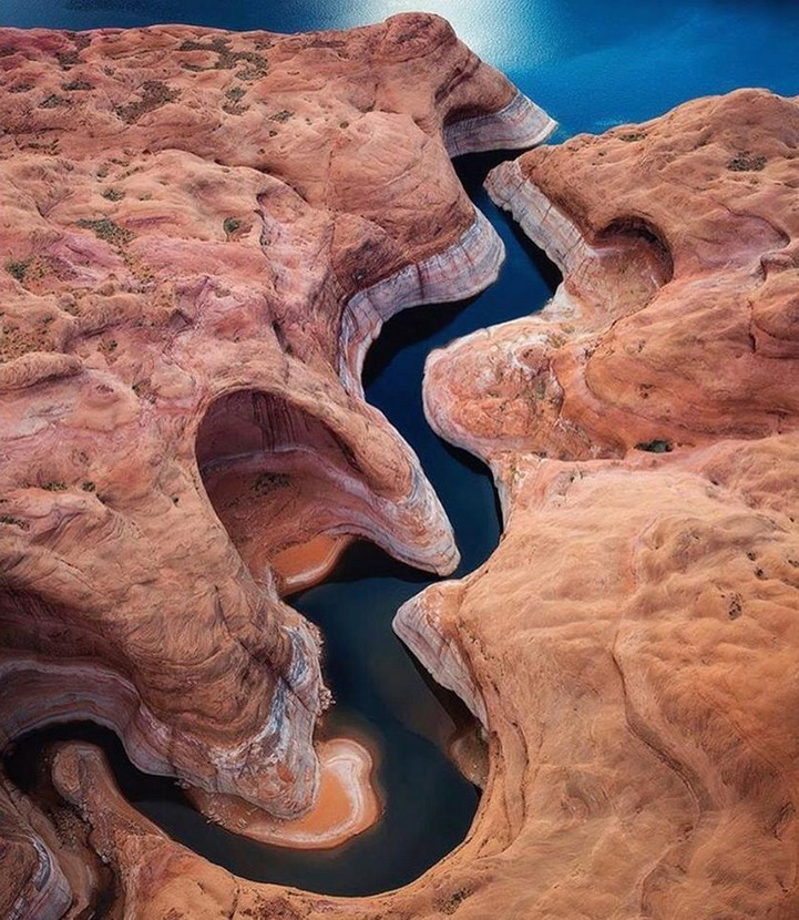Flooded canyon
