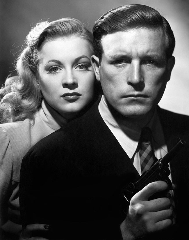 """Film noir moment: Anne Jeffreys and Lawrence Tierney in """"Dillinger"""", 1945"""