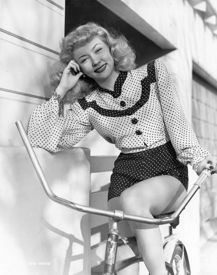 Gloria Grahame, 1940s