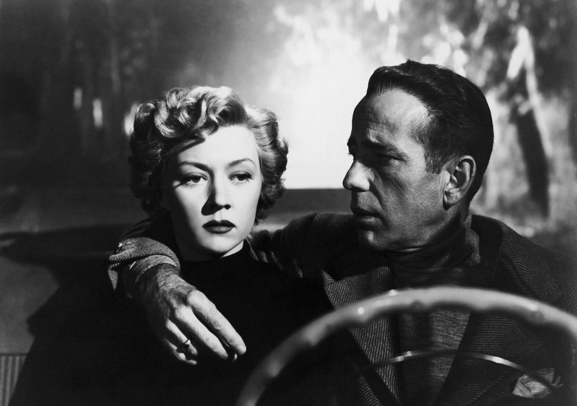 """Film noir moment: Gloria Grahame and Humphrey Bogart in """"In a Lonely Place"""",1950"""