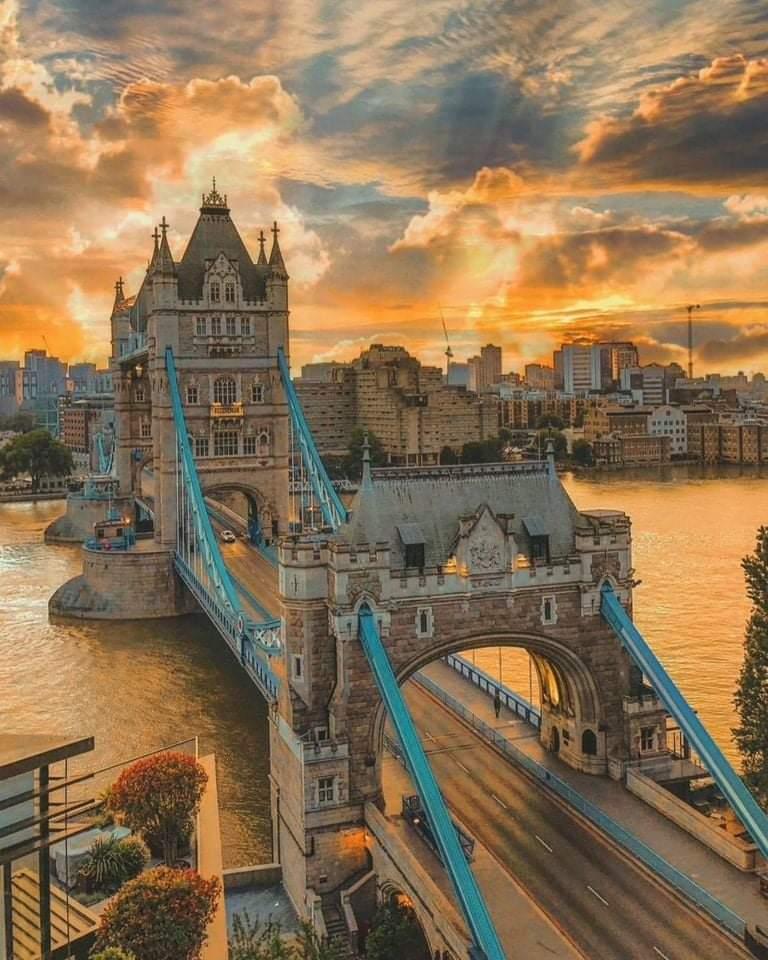 London, 2021