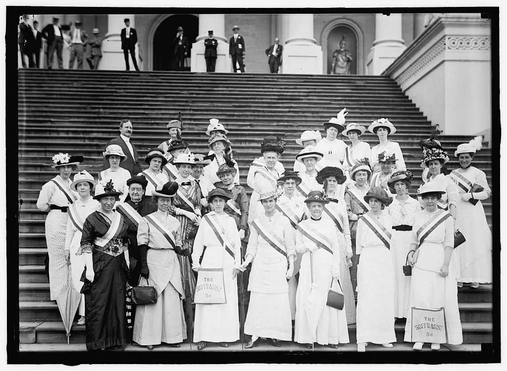 Suffragettes at the US Capitol ,1910s