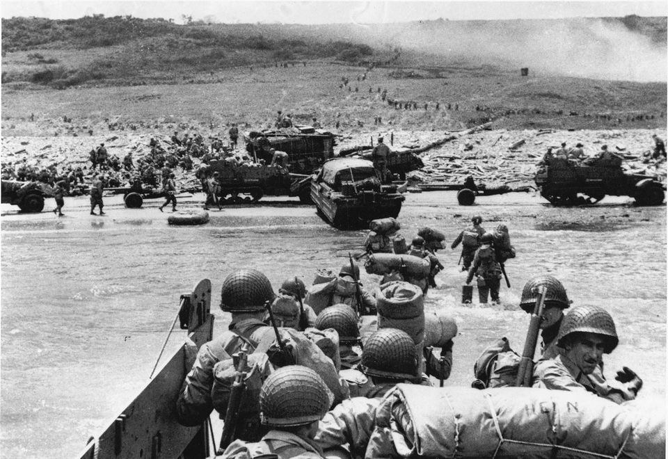 Allied troops invading Nazi-occupied France, D-Day,1944