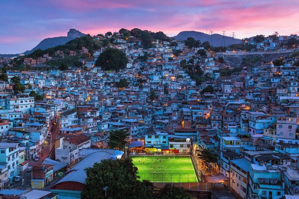 Futbol/Soccer field in Rio de Janeriofavela